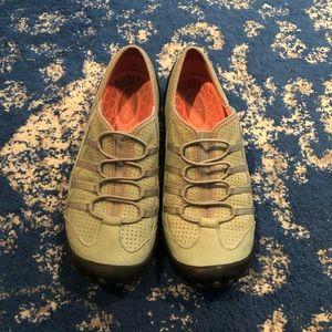 Women's Privo Green Slip on Shoes Size 7